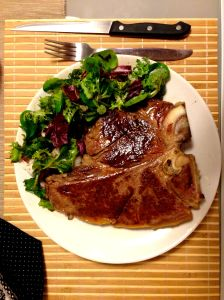 Protein after workout - 536g T-Bone Steak - njam :)